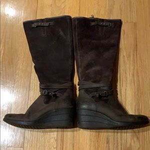 Ugg suede/leather fashion Boots Size 7